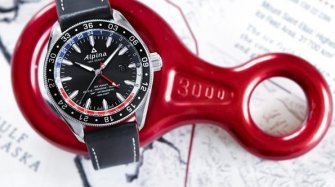Alpiner 4 GMT « Business Timer » Style & Tendance