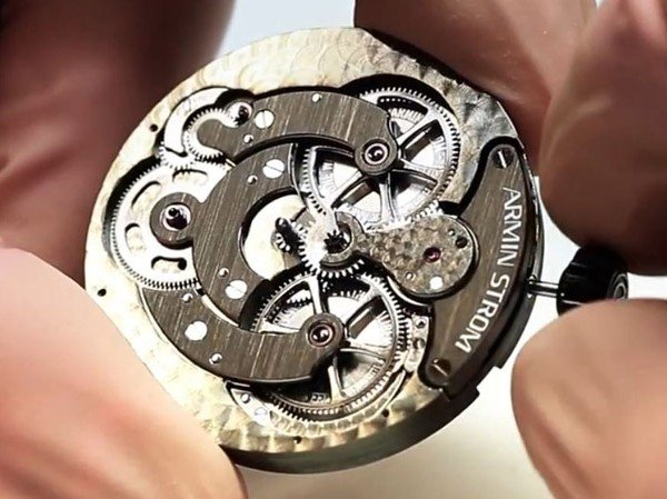 Armin Strom - Video. The Manufacture