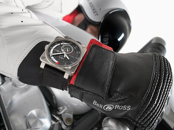 Bell & Ross - B-Rocket, le duo moto-instrument