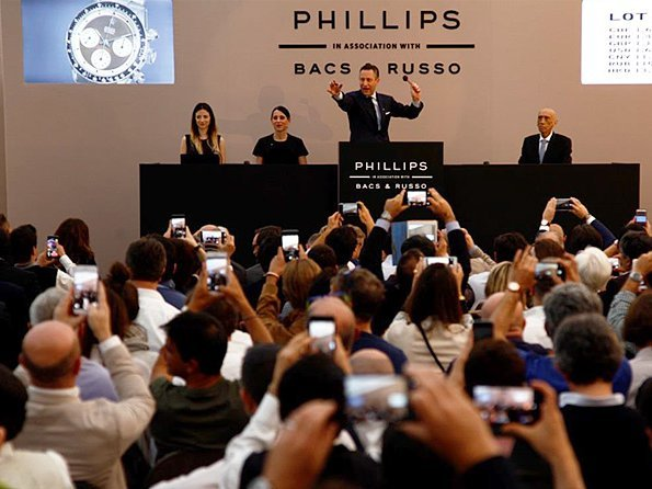 Auction news - A profitable weekend for Antiquorum, Phillips and Sotheby's