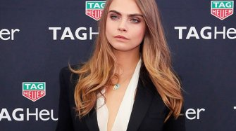Cara Delevingne supports the lions in Africa