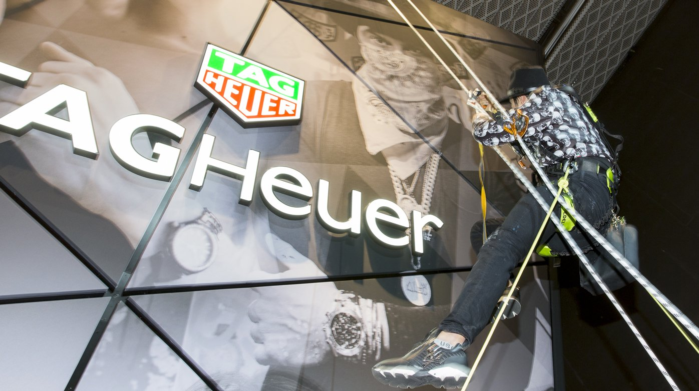 TAG Heuer - Live Painting in Baselworld with Alec Monopoly
