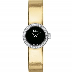 Mini D de Dior Miroir, yellow gold colour strap. © Dior