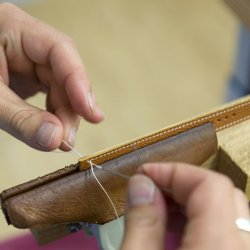 Leather Strap - Hermès - Hand sewing the edges of the leather strap