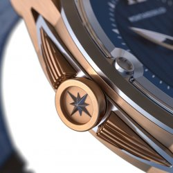 Zoom on the secondary crown which features a wind rose © Montandon & Co