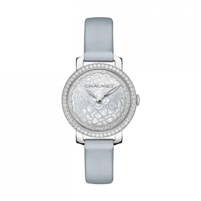 Chaumet Hortensia montre precieuse watch face view