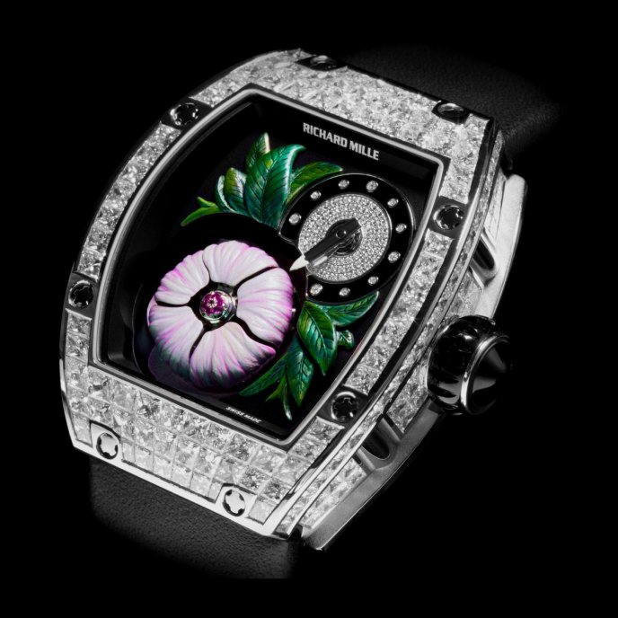 Richard Mille - Tourbillon fleur - RM 19-02 - watch face view - closed flower